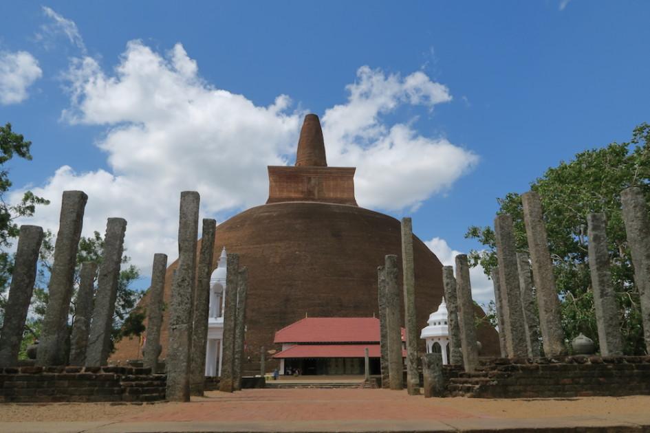 Oude stupa Anuradhapura
