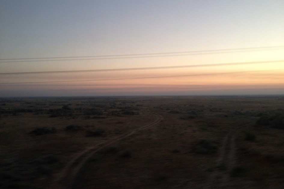 Sunrise over de steppe