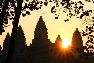 Zonopkomst Angkor